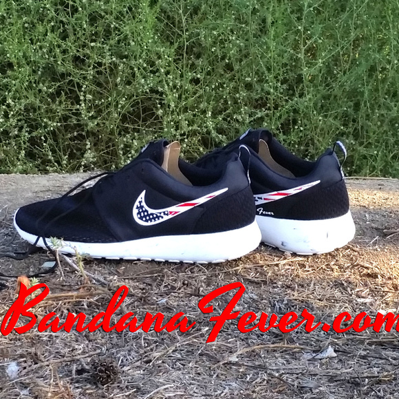 timeless design 67529 07bf7 Customized Nike Distressed American Flag Roshe Run